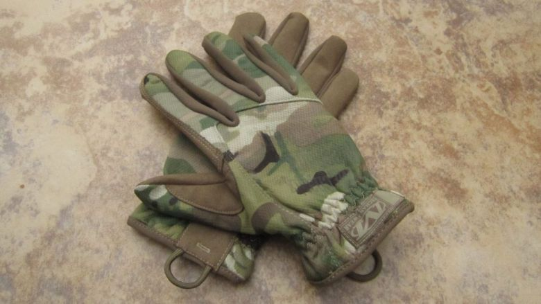 Best Tactical Gloves featured