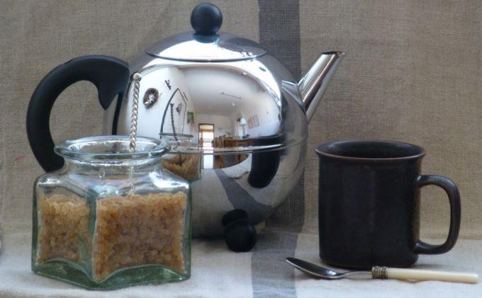 coffee set with brown sugar