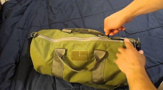 green gym bag