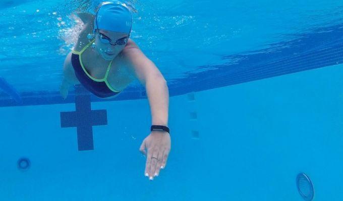 water proof tracker
