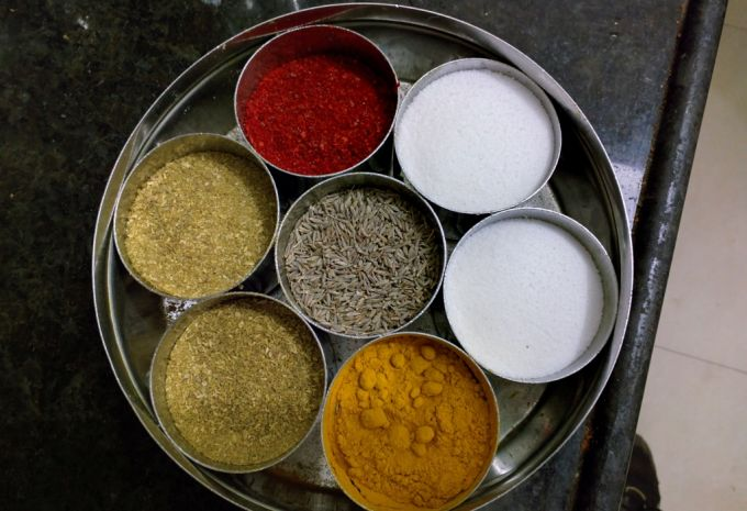 Spice Containers