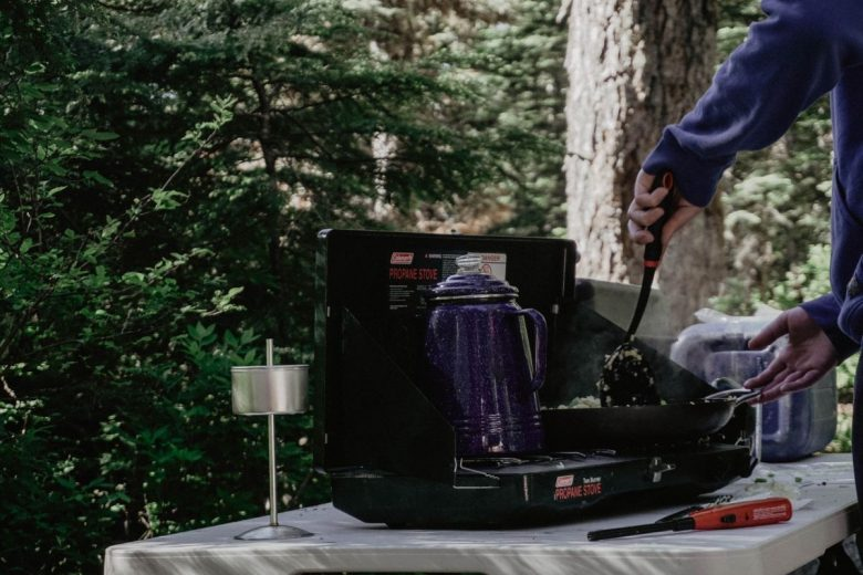 how to choose your camping stove